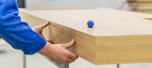 изработване на мебели по поръчка